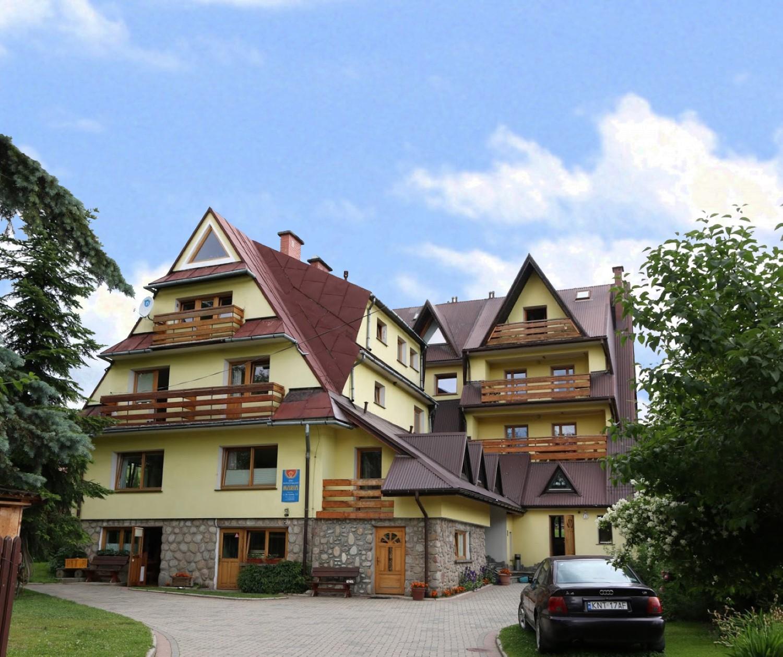 Widok na pensjonat Moje Tatry z zewnątrz