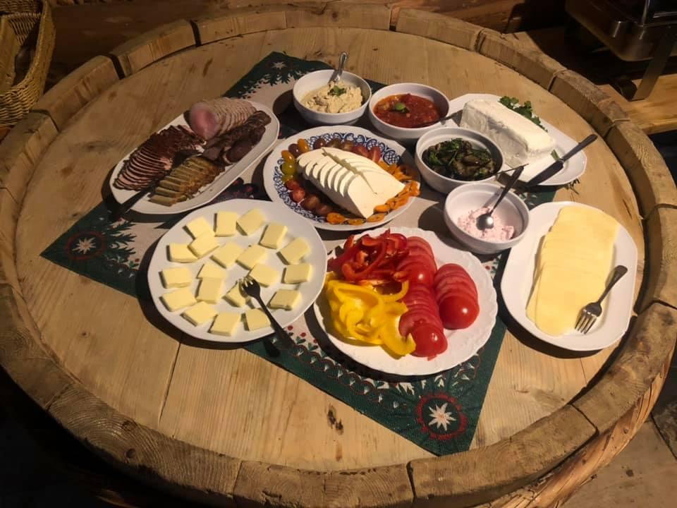 Śniadanie w Moje Tatry